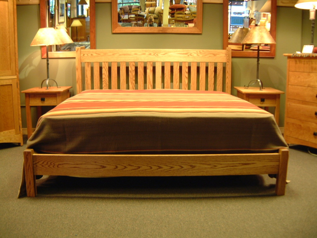 "White Oak ""Mission"" King Bed with Low-Profile Foot"