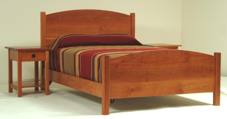 """Solid Cherry """"Solid Arch"""" Queen Bed"""