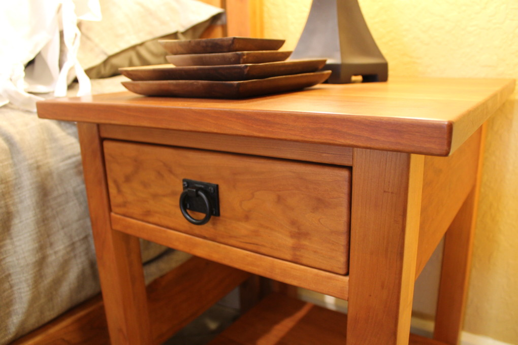 """Cherry """"Mission"""" End Table"""