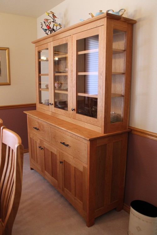 "Cherry ""Prairie"" Hutch with Glass Doors & Sides"