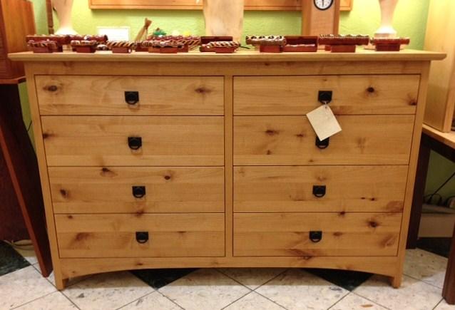 """Alder """"Prairie"""" 8-Drawer Dresser"""