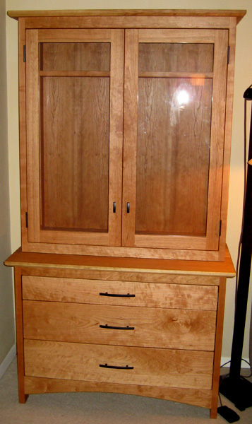 "Cherry ""Prairie"" China Hutch with Glass Doors"
