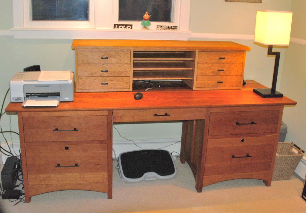 "Cherry ""Prairie"" Desk Hutch Top with Drawers"
