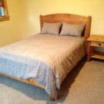 "Solid Clear Alder ""Solid Arch"" Queen Bed"