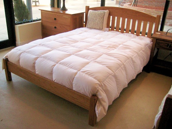 "Solid Cherry ""Slat Arch"" Queen Bed with Rail Foot"