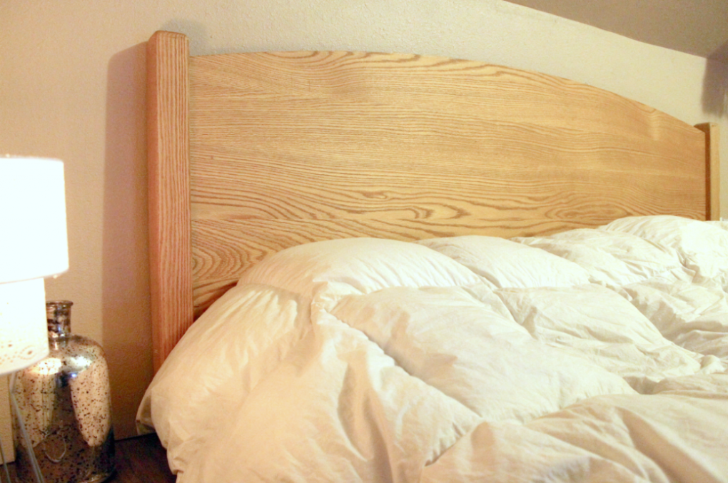 """Solid Oak """"Solid Arch"""" King Bed"""