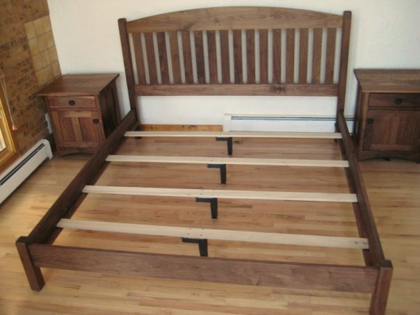 solid walnut slat arch queen bed