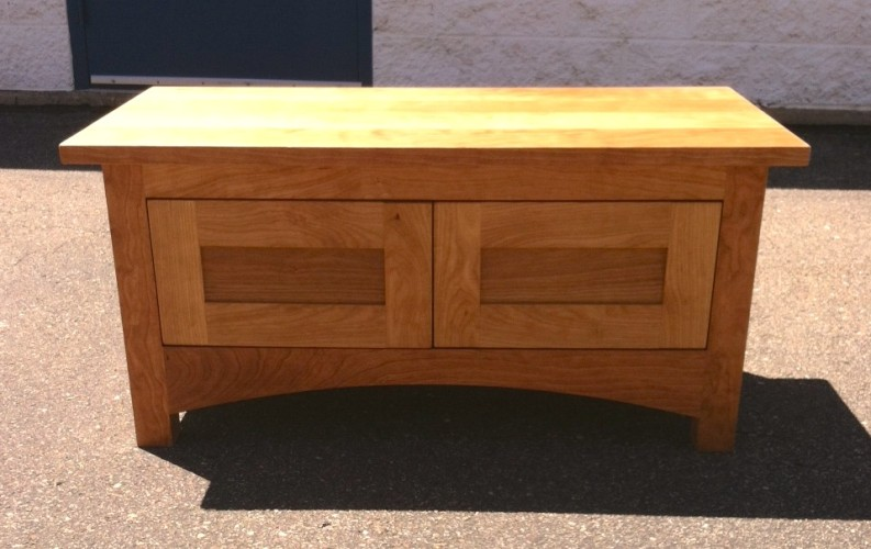 "Cherry ""Prairie"" Storage Bench with Doors"