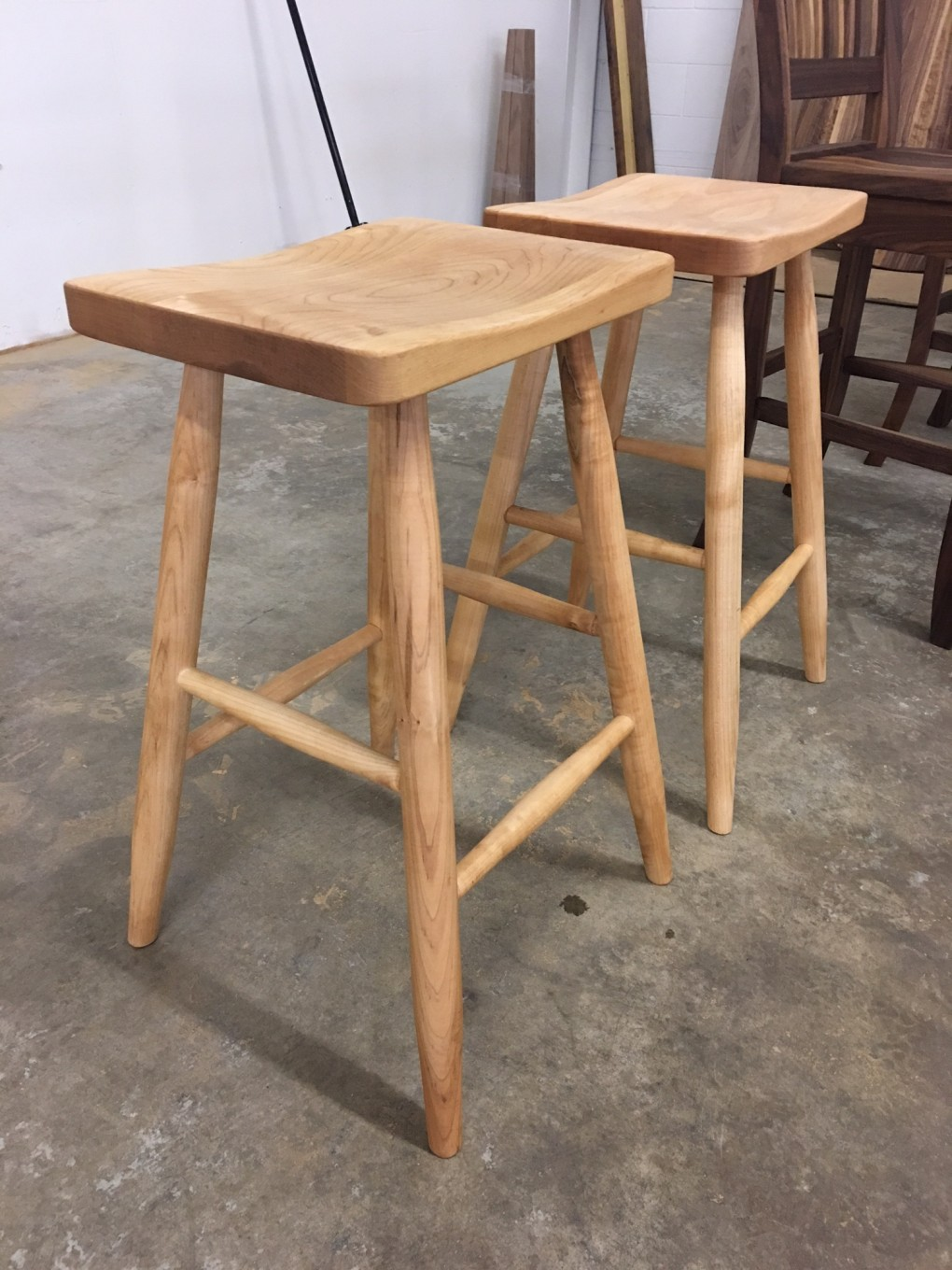"Solid Maple ""Prairie"" Backless Stool - 24"""