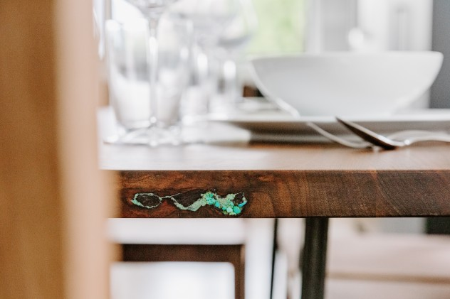 Table Flatiron Walnut Turq Inlay Zoom Detail 2